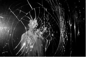 specchio_rotto